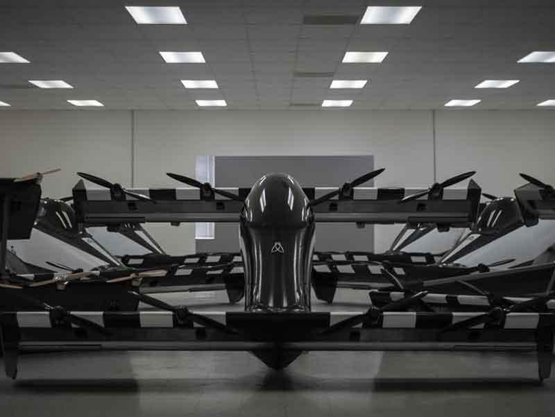 اولین خودرو پرنده با عنوان « بلکفلای » سال آینده به فروش خواهد رسید- سرگرمی