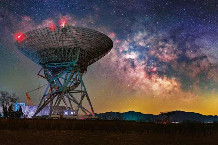 اخترشناسان در پروژه اخیر از دادههای ۸ تلسکوپ بزرگ و قوی برای تصویربرداری از کهکشان مسیه ۸۷ بهره برد که همگی باهم آرایهی تلسکوپی فوقالعاده قدرتمندی را شکل دادهاند